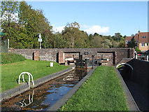 SO8483 : Kinver Lock and Kinfare Bridge, Staffordshire by Roger  Kidd