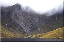 SH6459 : Llyn Idwal by Peter S