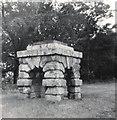 SE5111 : Robin Hood's Well by Gerald England