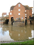 SO8832 : Abbey Mill, Tewkesbury by Pauline E