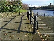 NZ2462 : Hadrian's  Way above Redheugh Bridge by Oliver Dixon
