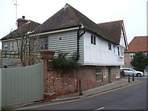 TR1859 : The Manor House, High Street, Fordwich by pam fray