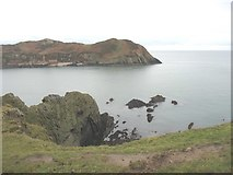 SH4094 : Reefs at the eastern side of the entrance into Porth Wen by Eric Jones