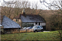 TQ6226 : Hampden Oast House, Witherenden Road, Mayfield, East Sussex by Oast House Archive