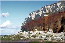 TF6741 : Hunstanton Cliffs by Malcolm Kendrick