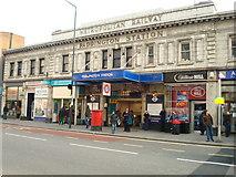 TQ2681 : Paddington Underground Station by Stacey Harris