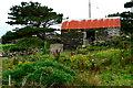 G6692 : Farm Building on Loughros Peninsula by Joseph Mischyshyn