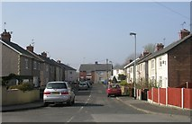 SE5023 : Quarry Avenue - Womersley Road by Betty Longbottom
