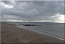 NS3229 : Little Crags, Troon South Beach by wfmillar