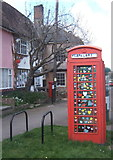 TM1763 : Decorated telephone box, Debenham by Andrew Hill
