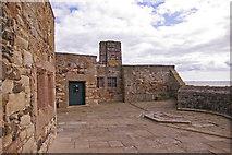 NU1341 : Battlements, Lindisfarne Castle, Holy Island, Northumberland by Christine Matthews