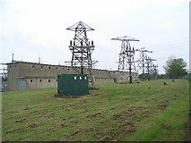 O1240 : Selection of Pylons at ESB 220kV Finglas Substation by JP