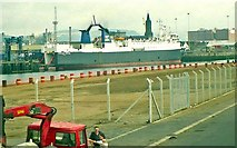 J3474 : Weir and cross-harbour links, Belfast (5) by Albert Bridge