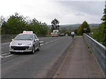 ST0209 : Traffic crossing the M5 at Willand on the B3181 by Rob Purvis