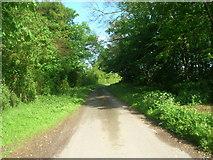 TA0163 : Minor Road Towards Kilham West Field by JThomas