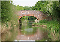 SO8857 : Worcester and Birmingham Canal, Bridge 22 by Pierre Terre