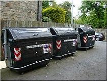 NT2572 : Refuse bins, Lauriston Gardens by kim traynor