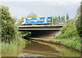 SO8958 : The M5 Crossing Worcester and Birmingham Canal by Pierre Terre