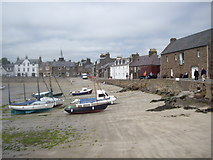 NO8785 : Harbour beach, Stonehaven by Stanley Howe