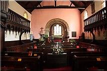 SO5012 : St.Thomas's church nave by Richard Croft