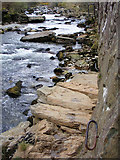 SH5946 : Handy handholds on the Fisherman's Path by Phil Champion