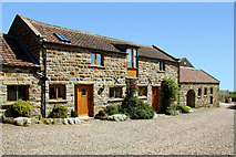 SE9898 : Tofta Farm Holiday Cottages by Mike Baldwin