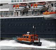 J3576 : Belfast Harbour Pilot Boat 'PB4' by Rossographer