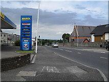 J3582 : Shore Road, Whiteabbey by Dean Molyneaux