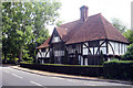 TQ8842 : Chessenden House, The Street, Smarden, Kent by Oast House Archive