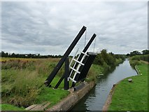 SP7257 : Lifting Bridge at Rothersthorpe Lock 13 by Mike W Hallett