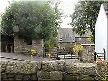 SJ9995 : Gibble Gabble Cottage by Gerald England