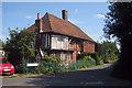 TQ9663 : Banks Farm Cottage, Teynham Street, Teynham, Kent by Oast House Archive