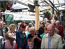 O0974 : Dublin-bound train passengers disembarking at Drogheda by Eric Jones