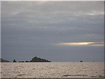 SX9049 : Mewstone Sunrise by Mel Landells