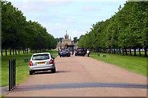 SP4416 : Entrance to Blenheim Palace Park by Steve Daniels