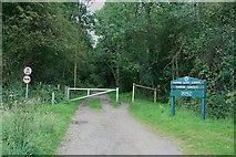 TQ1350 : Top of Hole Hill Lane by Hugh Craddock