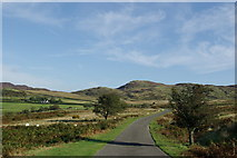 NX6060 : Minor road near Laghead by Leslie Barrie