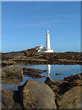 NZ3575 : St Mary's lighthouse, near Whitley Bay by Kevin Burns