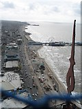 SD3035 : Blackpool Promenade Looking South by Gerald Massey
