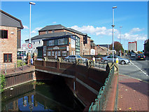 TA2609 : Haven Bridge, Grimsby by David Wright