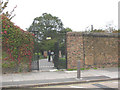 TQ3976 : Greenwich Park: Chesterfield Gate by Stephen Craven