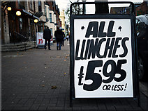J3372 : Credit crunch lunch, Belfast by Rossographer