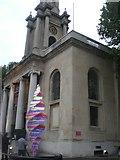 TQ2882 : Holy Trinity Church and artwork, Marylebone Road NW1 by Robin Sones