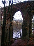 SD7217 : Railway viaduct over a spur of Wayoh Reservoir by John H Darch