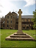 SU3521 : Romsey - Romsey Abbey by Chris Talbot