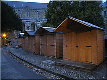 SU4829 : Preparing for the Christmas Market by Given Up