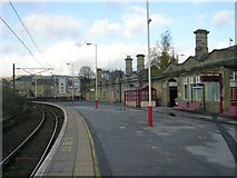 SE1537 : Platform 5 - Shipley Station by Betty Longbottom