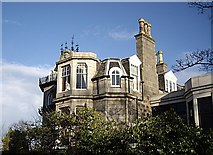 NJ9205 : A mansion at Queen's Cross by Stanley Howe