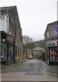 SE1039 : Dryden Street - Main Street by Betty Longbottom