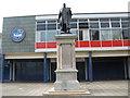 NZ3265 : Palmer Statue in Jarrow town Centre by Vin Mullen